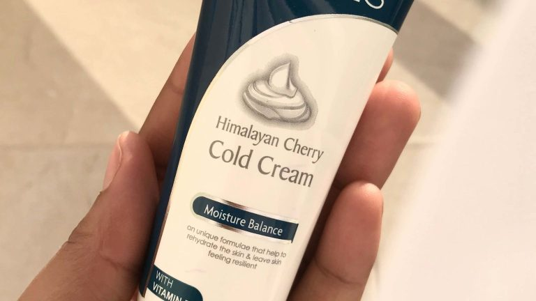 Jovees Himalayan Cherry Cold Cream Review: Moisturizers For Acne-Prone Skin