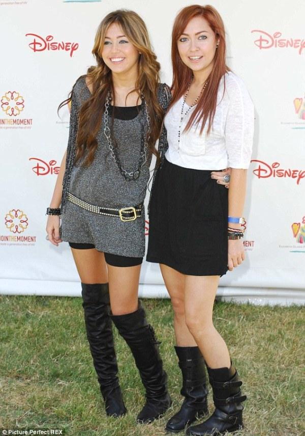Miley Cyrus Sister