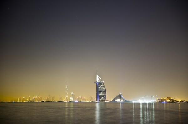 Using IOTs UAE's First Smart Streetlights Installed In Dubai