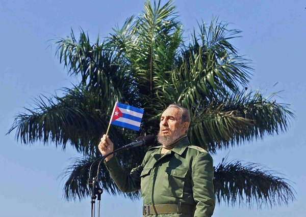 Raul Castro says #Cuba's revolutionary leader #FidelCastro will be cremated early on Saturday