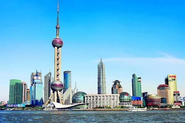 برج لؤلؤة الشرق من افضل اماكن سياحية في شنغهاي