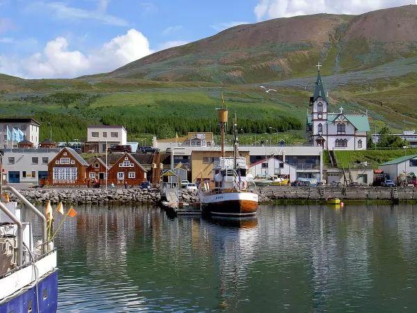 هوسافيك من اجمل اماكن سياحيه في ايسلندا