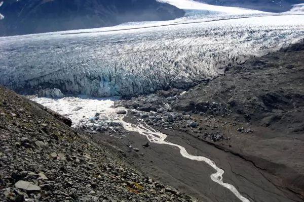 الحديقة الوطنية فاتناجوكول من اجمل اماكن سياحيه في ايسلندا