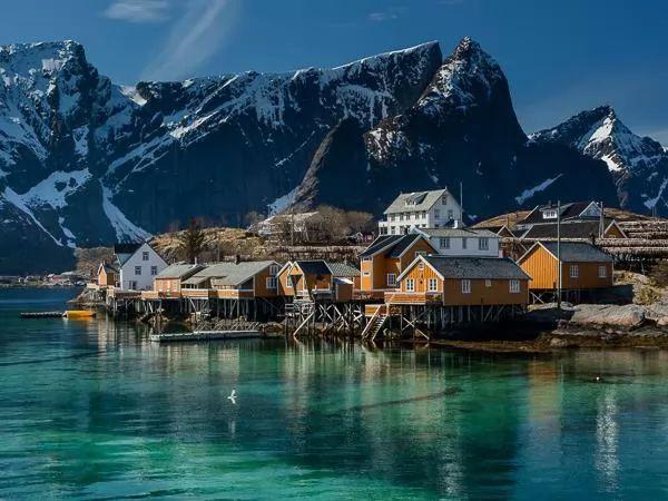 جزر لوفوتن من اجمل اماكن سياحية في النرويج