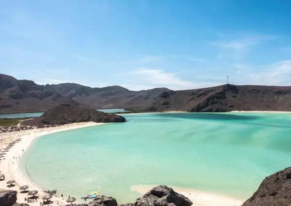 شاطئ بلايا بالاندر، المكسيك
