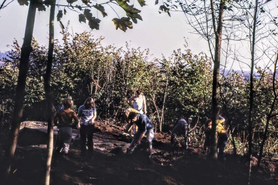 School children help the digging, November 1971