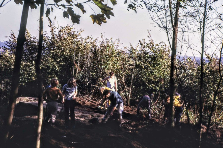 School children help the digging, November 1971