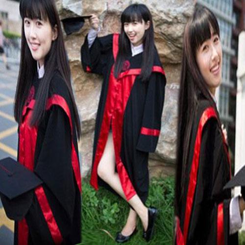 इस खूबसूरती बला की एक झलक ने की यूनिवर्सिटी साइट क्रैश Chinese student Kang Kang graduation picture causes university