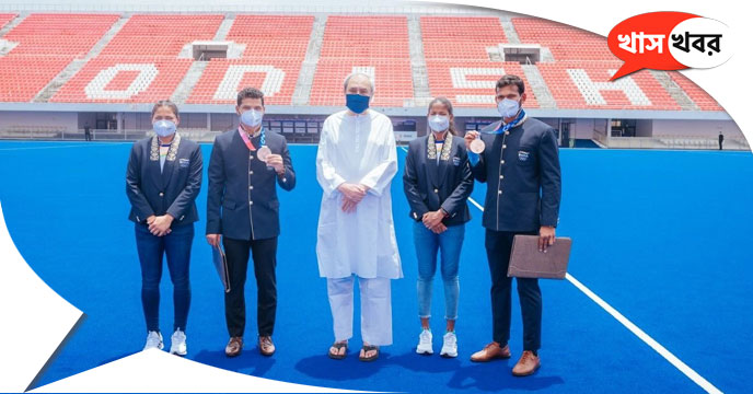 the players who returned from Tokyo were showered with gifts In Odisha CM