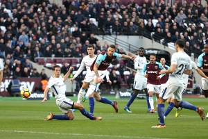 West Ham downs Chelsea in London derby (with video) - TexasNepal