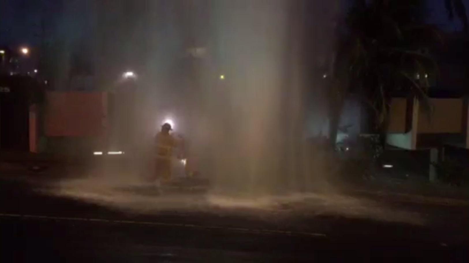 broken hydrant ward reid_74867