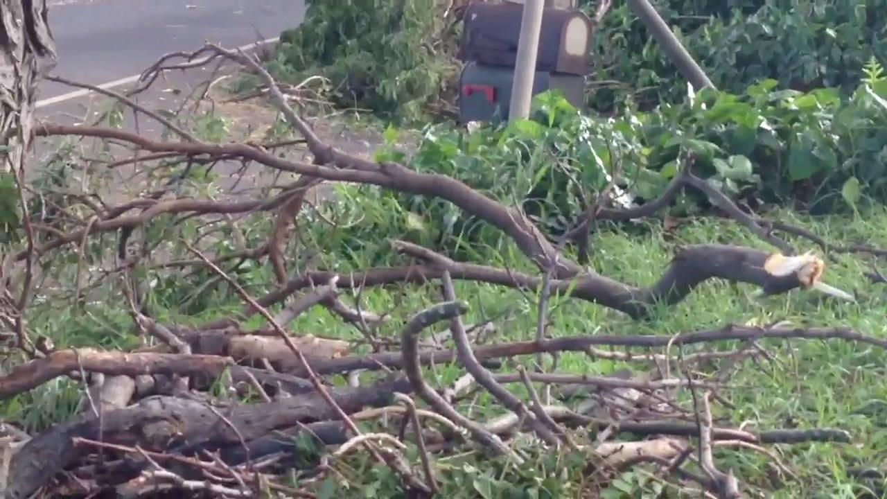 Neighbor Island Storm Aftermath_72616