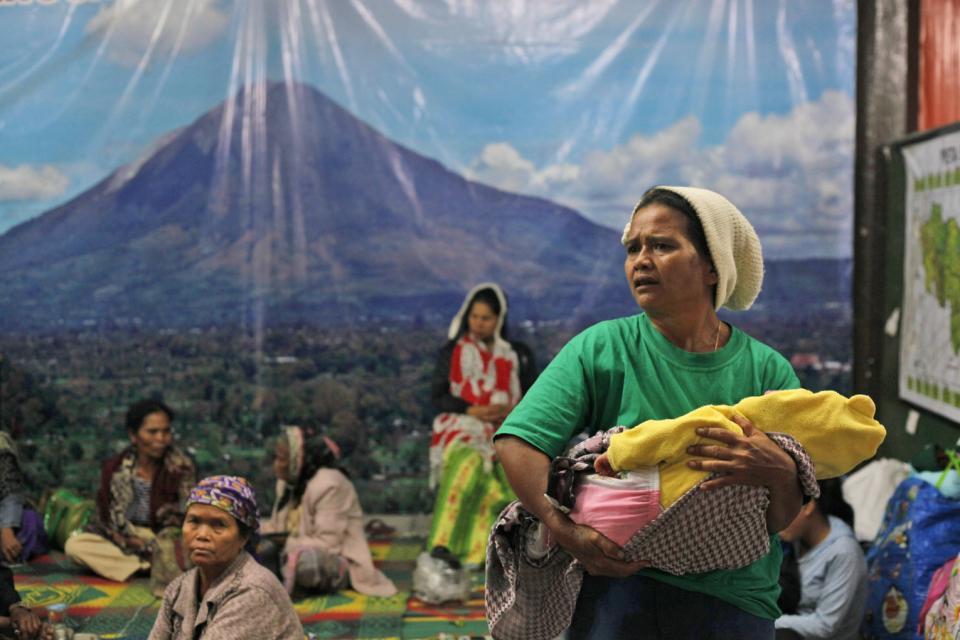 Indonesia Volcano_98276