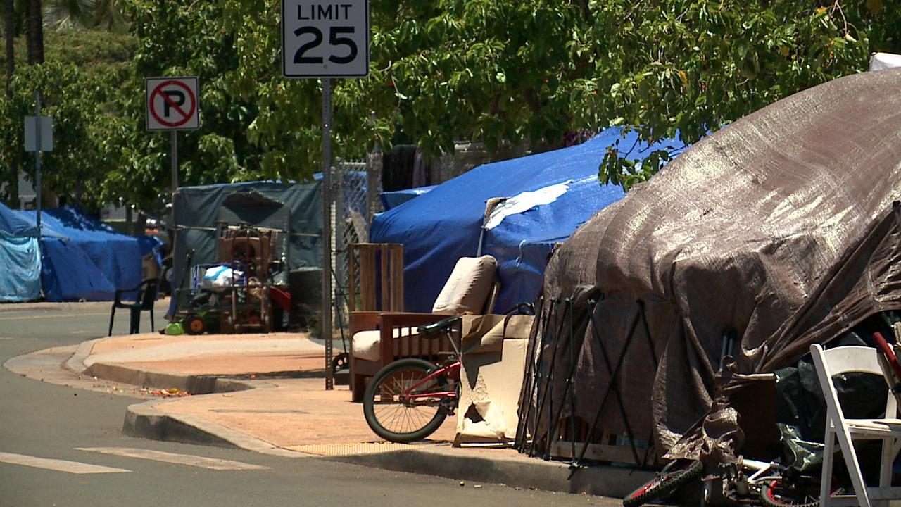 kakaako homeless tent camp_102983