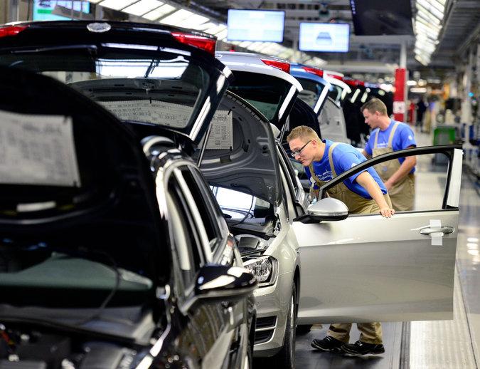 volkswagen assembly line_119104