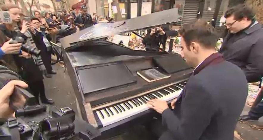 paris-attack-piano_129127