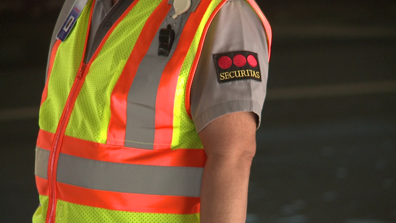 securitas honolulu airport security guard_143355