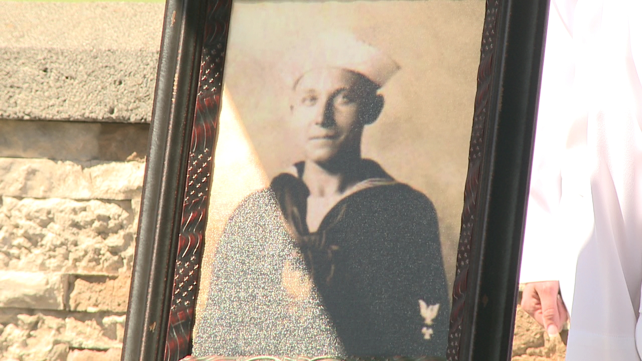 navy sailor Vernon Luke_146995
