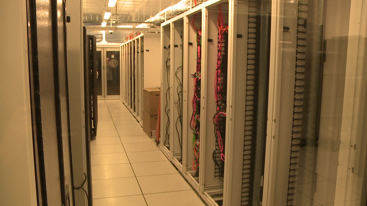 uh data center_147846