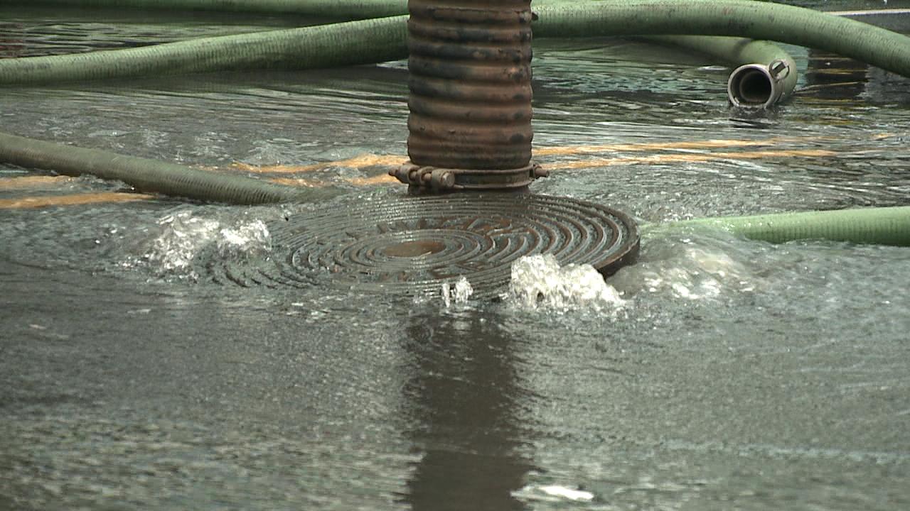 sewage spill_114014
