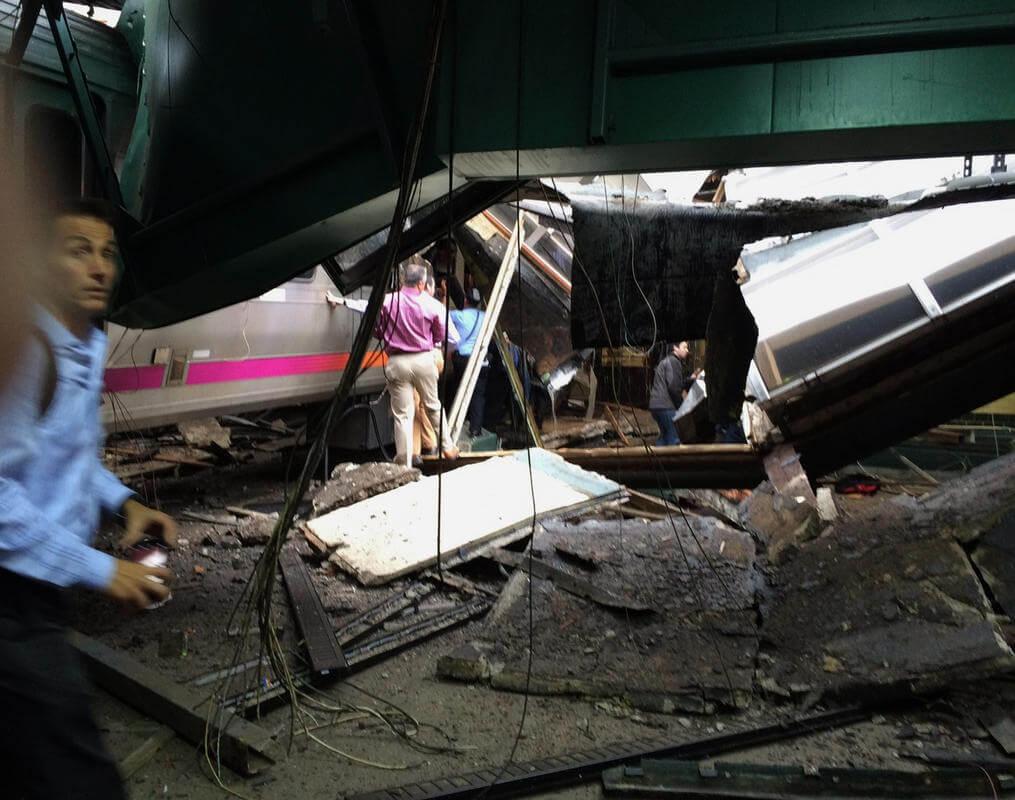 new-jersey-commuter-train-crash_177818