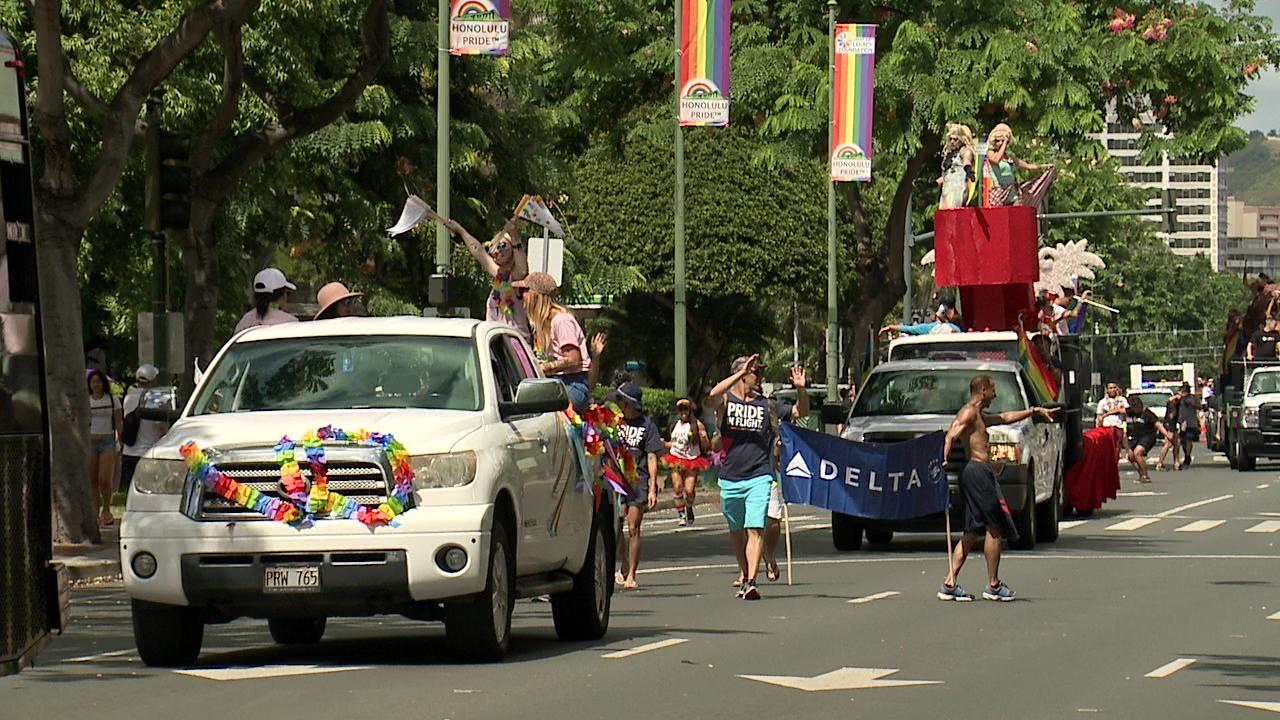 gay-pride-parade-2016_181304