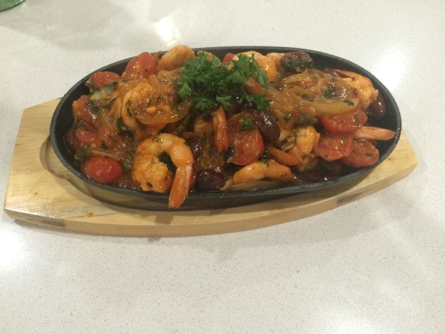 Kalamata & Tomato Chilli Prawns