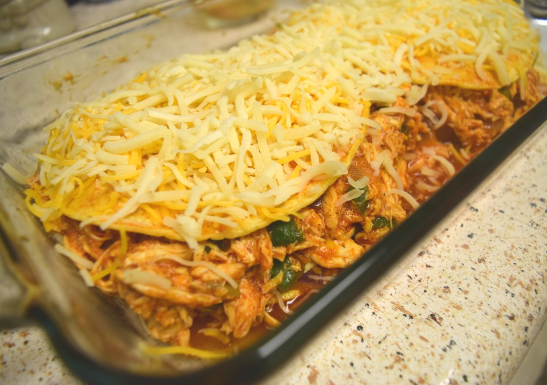 Chicken Enchilada Casserole Recipe - www.kianaturally.com