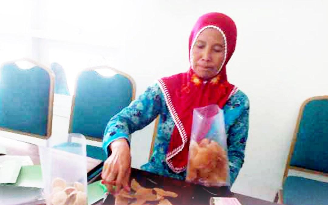 Nurhidayah: Melawan KDRT, Menggerakkan Ekonomi Perempuan Nelayan