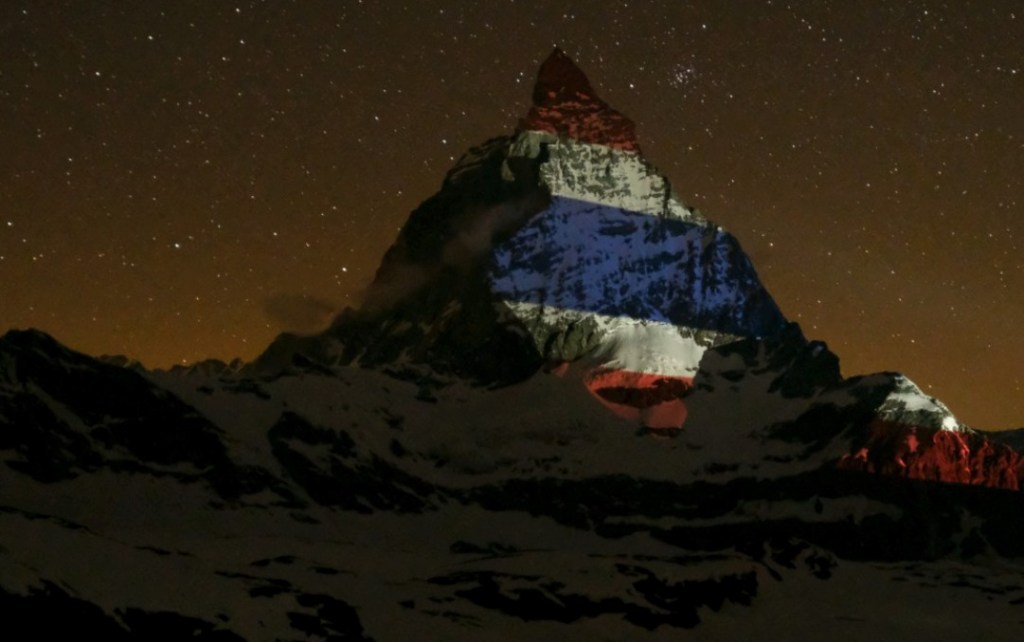 The Matterhorn was illuminated with the Thai national flag