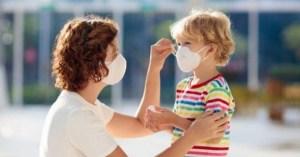 Καλεί τους γονείς να συμπαθούν με τα παιδιά που περνούν δύσκολες στιγμές λόγω της επιδημίας Kovid-19