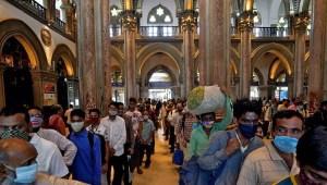 Ο ημερήσιος αριθμός κρουσμάτων υπερέβαινε τις 295 χιλιάδες επιδημίες κοραναϊού στην Ινδία