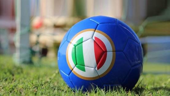 Η Γιουβέντους, το Μιλάνο και η Ίντερ θέλουν να συνεχίσουν στη Serie A στην Ιταλία