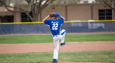 #22 Justin Hollowell on the Mound.