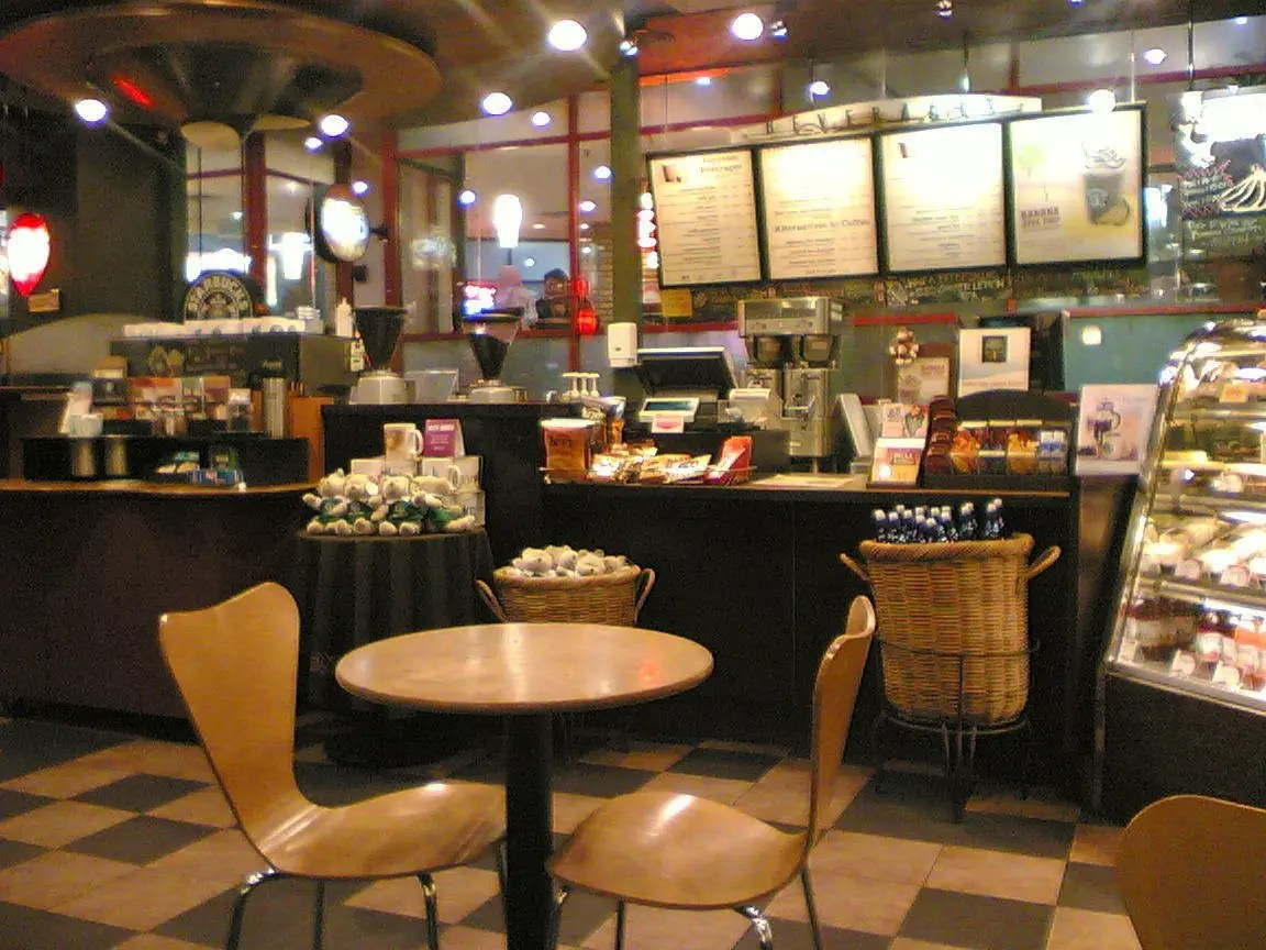 Tall Coffee Table Starbucks Facts 30 Amazing Facts About Starbucks