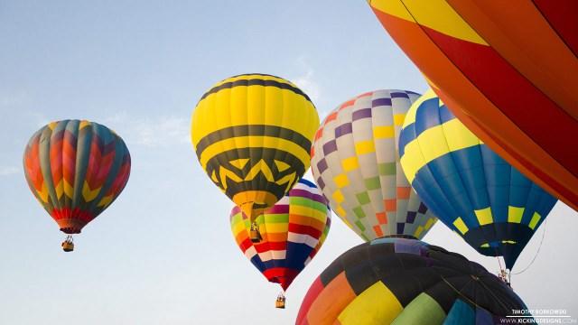 Hot Air Balloons Kicking Designs