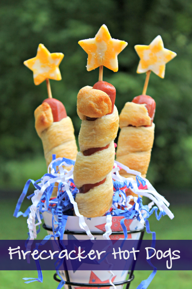Nothing says a relaxing weekend, grilling out at the lake like hot dogs, right? One of my kids favorite fun foods are my Firecracker Hot Dogs. They are always at hit at our 4th of July party!