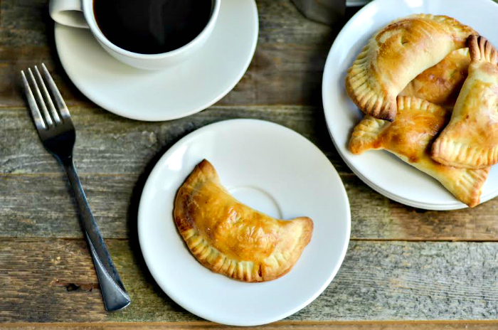 Easy Homemade Baked Apple Hand Pies Recipe