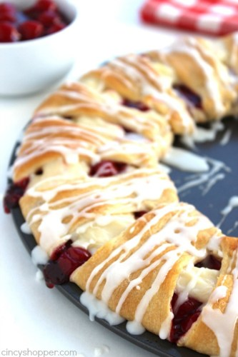 Cherry-Cream-Cheese-Crescent-Ring-3