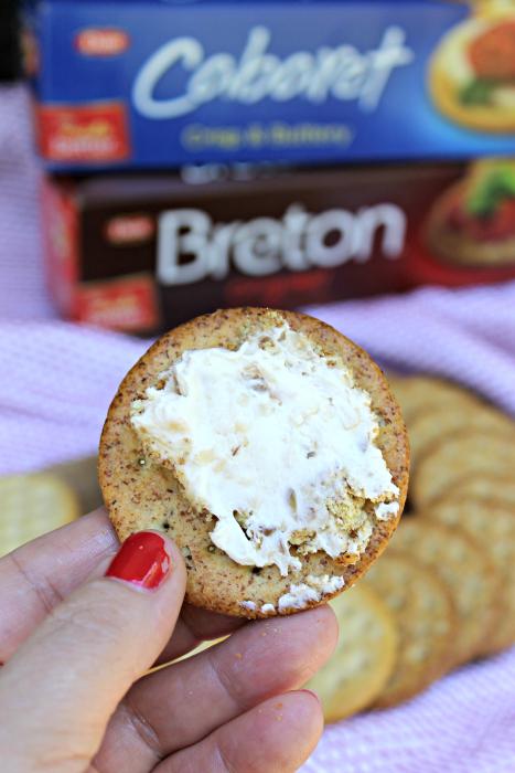 Caramelized Onion Cheese Ball Recipe cracker