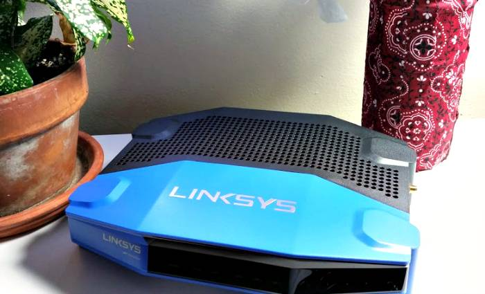 Keep Your Family Connected With The Linksys Wireless Dual-Band Wi-Fi Router From Best Buy  3