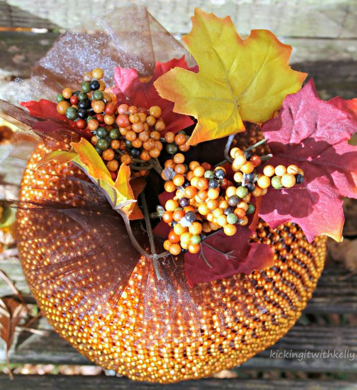 Fall Decoration Craft | DIY Beaded Pumpkin 2