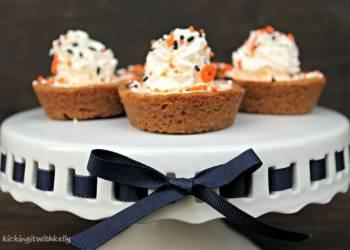 Dairy Free Mini Pumpkin Chiffon Pies
