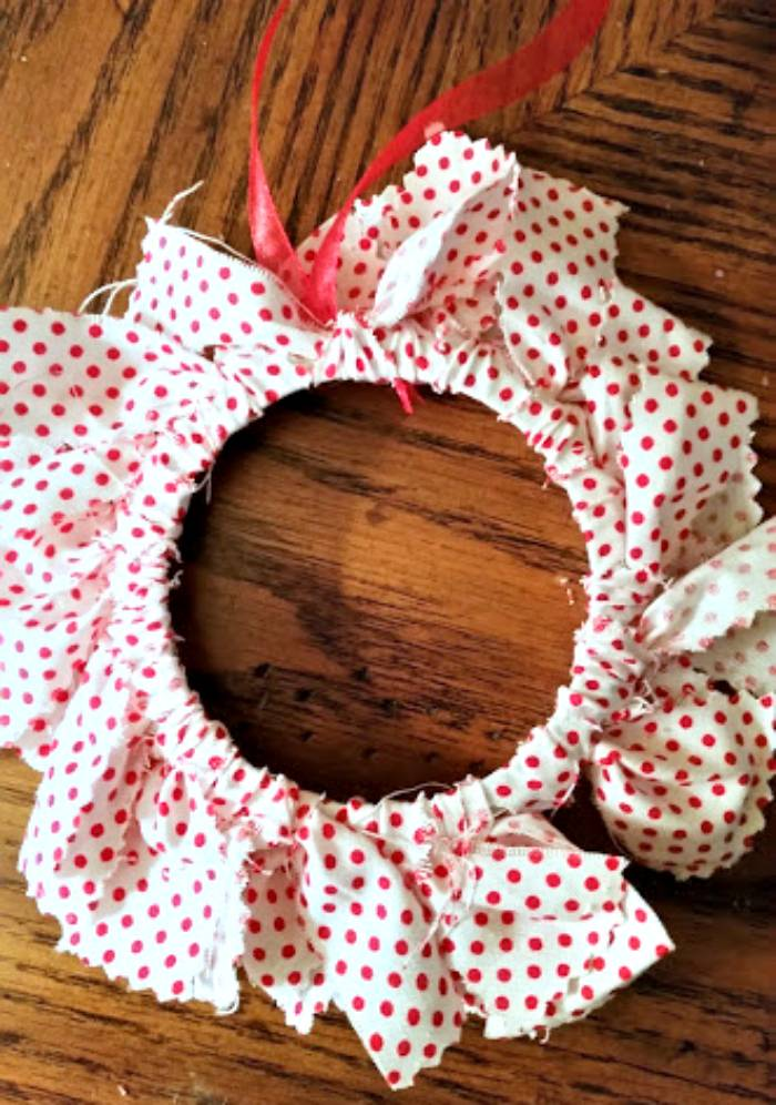 DIY Mason Jar Ring Fabric Wreath Ornaments ring final