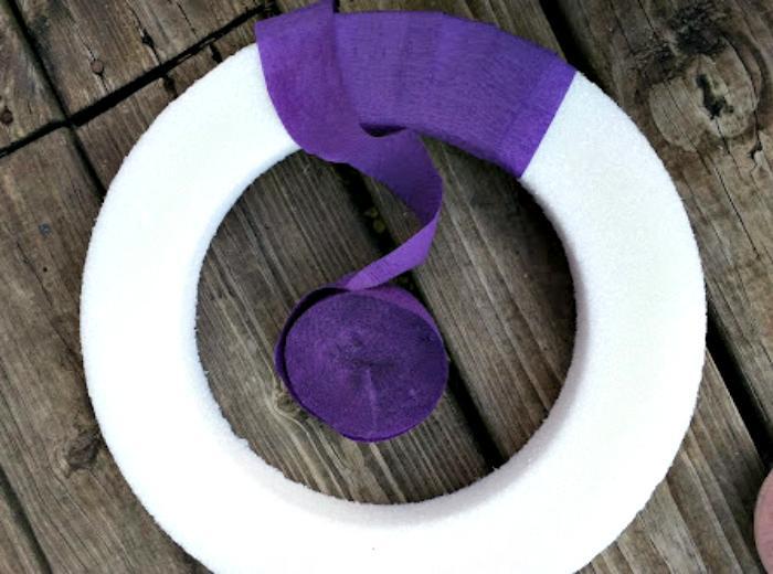 Easy To Make Plastic Easter Egg Wreath Craft streamer