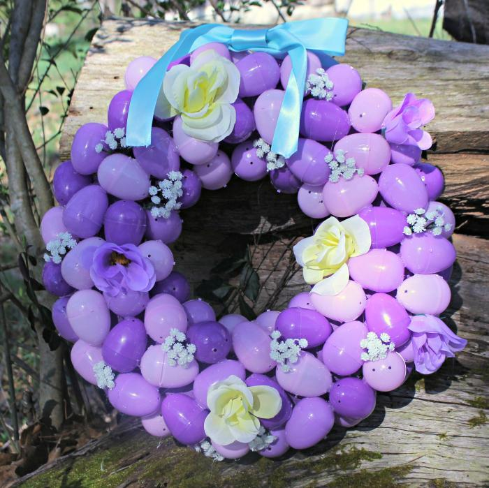 Easy To Make Plastic Easter Egg Wreath Craft