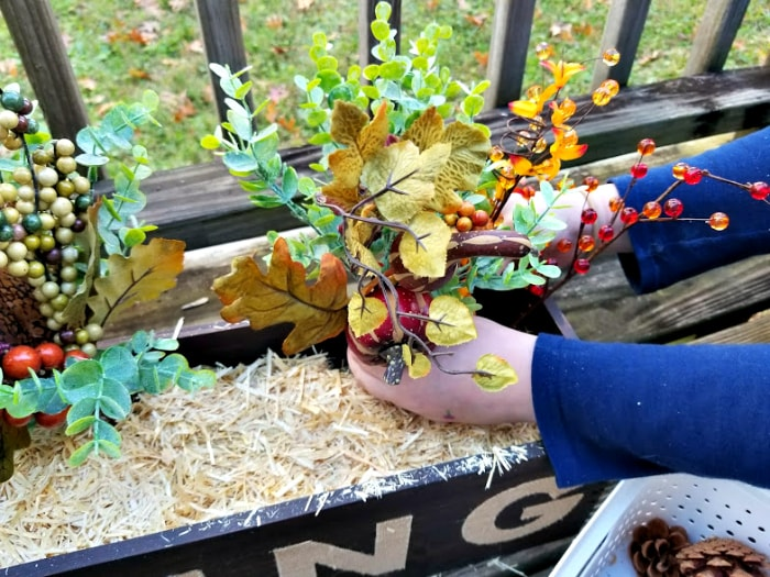 Easy Rustic Fall Or Thanksgiving Table Centerpiece floral