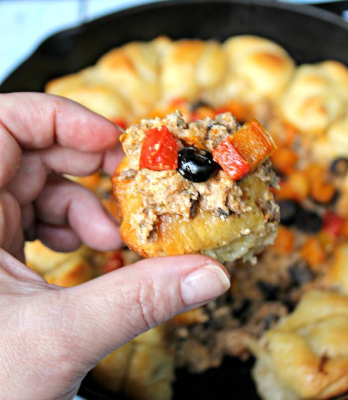 Supreme Pizza Garlic Knot Skillet Dip 3