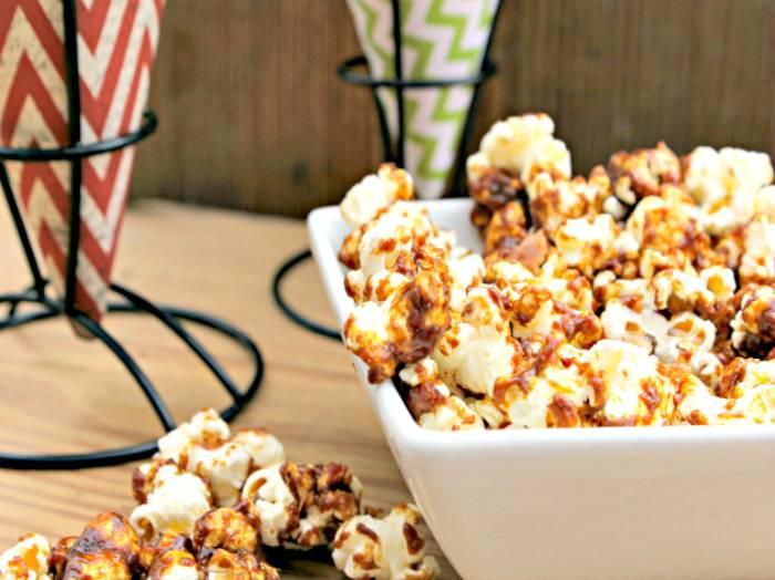 Bacon Caramel Popcorn: 3