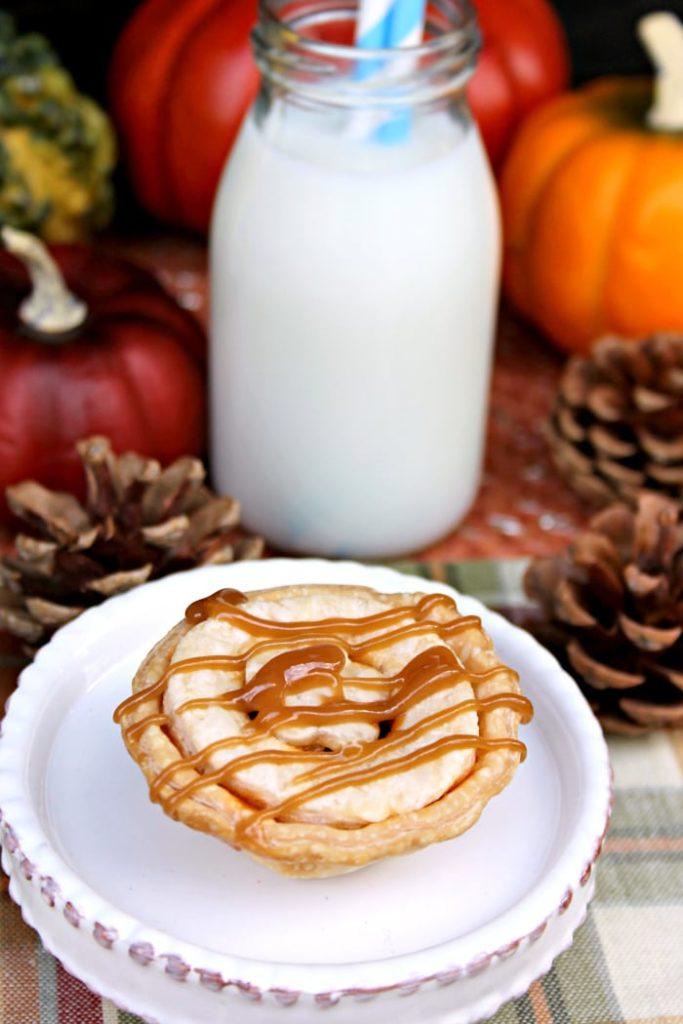 Mini Sea Salt Caramel Apple Pies 4